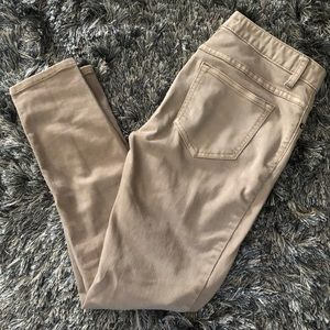 FreePeople tan skinny pants w/ distress hole knees
